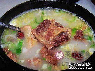 韩国美食 炖牛尾汤 青岛英华外语学校